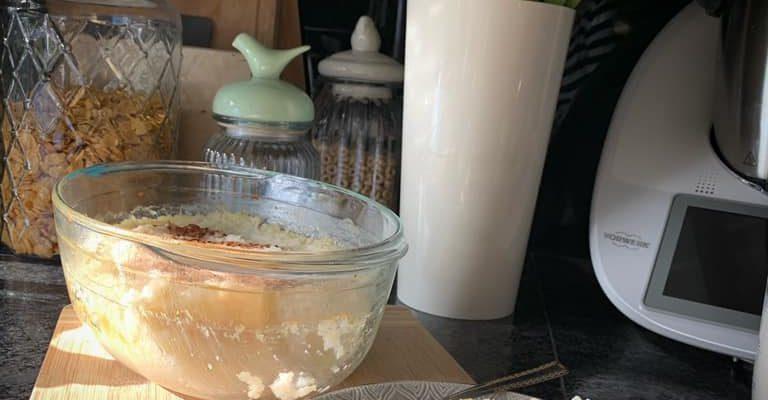 Ryż zapiekany z jabłkiem i cynamonem